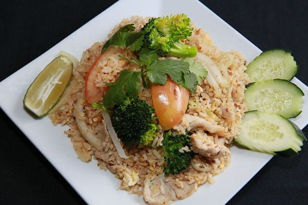 Khow Pad with Chicken
